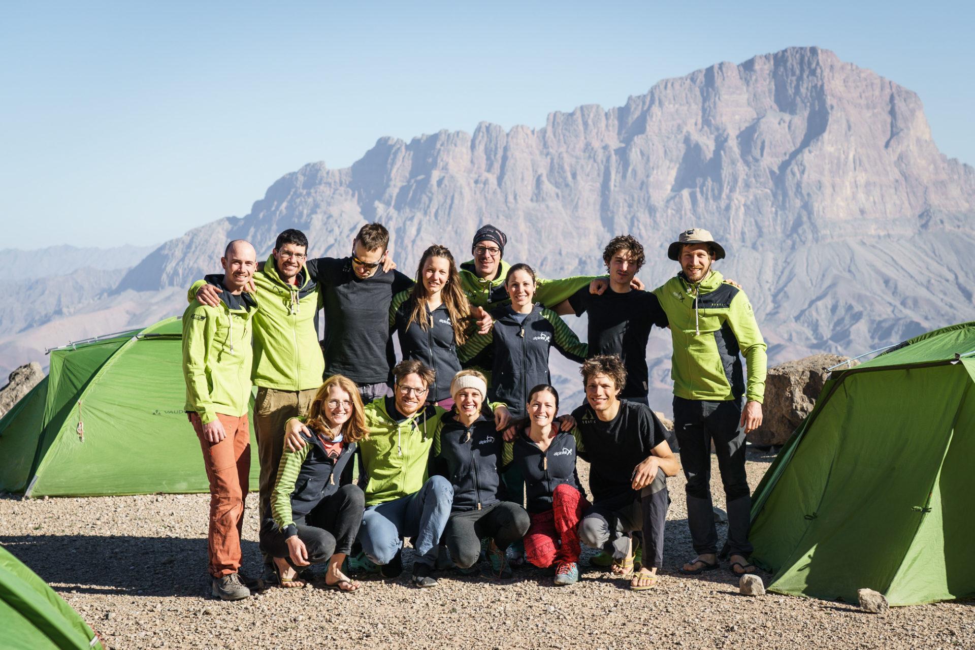 ALPINIST: Kletterfahrt Oman Gruppe 1