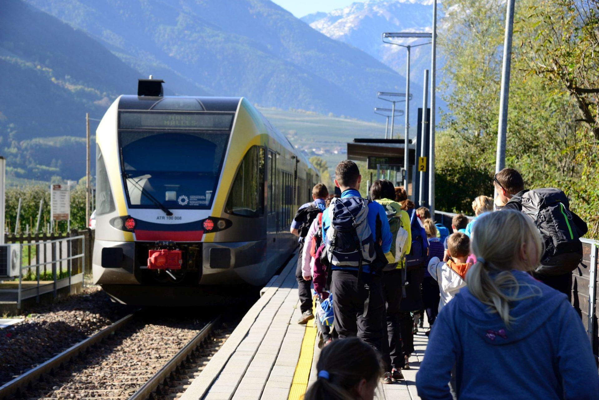 Mit Öffentlichen Verkehrsmitteln in die Berge
