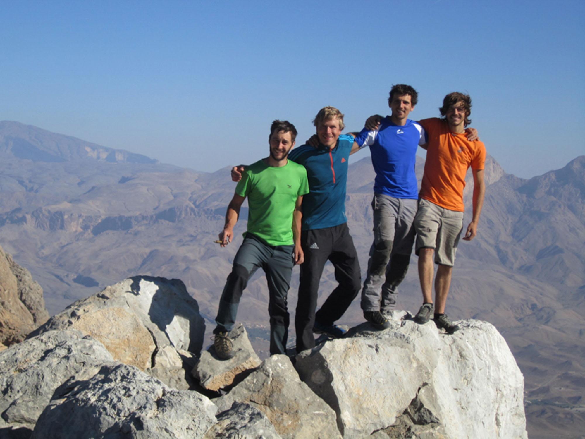 Simon Messner berichtet von einigen Erstbegehungen im Sultanat Oman