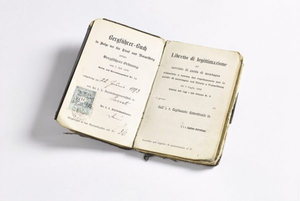 Bergführerbuch Quirin Fiegl (ausgestellt 1893) I Berge erleben © WESTFotostudio Archiv ÖAV