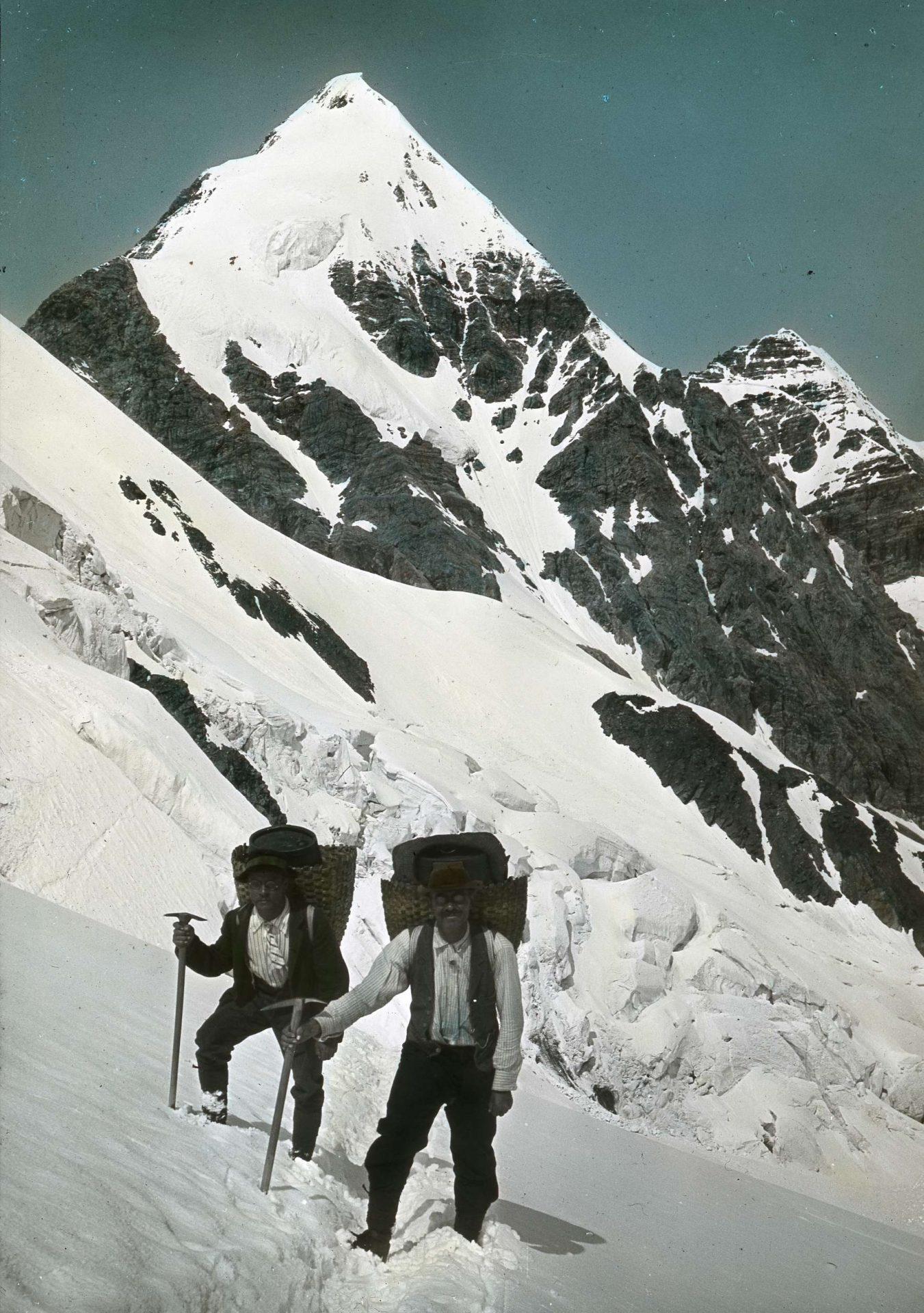 Träger am Suldenferner I Berge erleben © Archiv des DAV, München