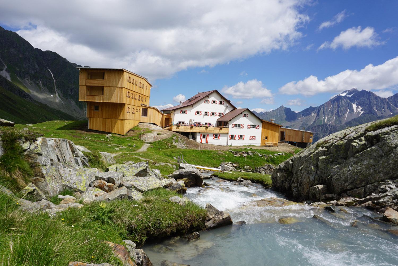 Die Neue Regensburger Hütte (2.286 m)