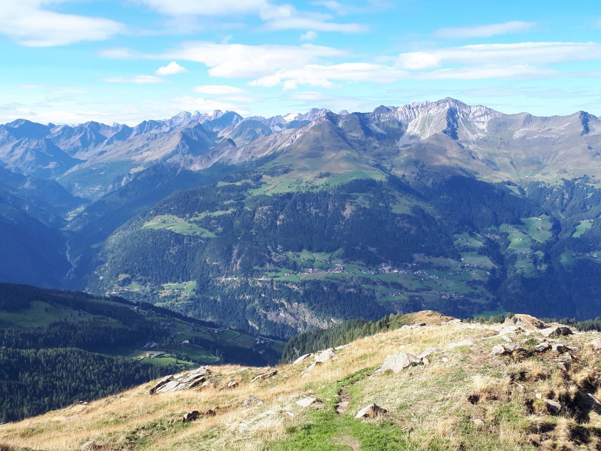 Busse und Wandertaxis für Bergsteiger