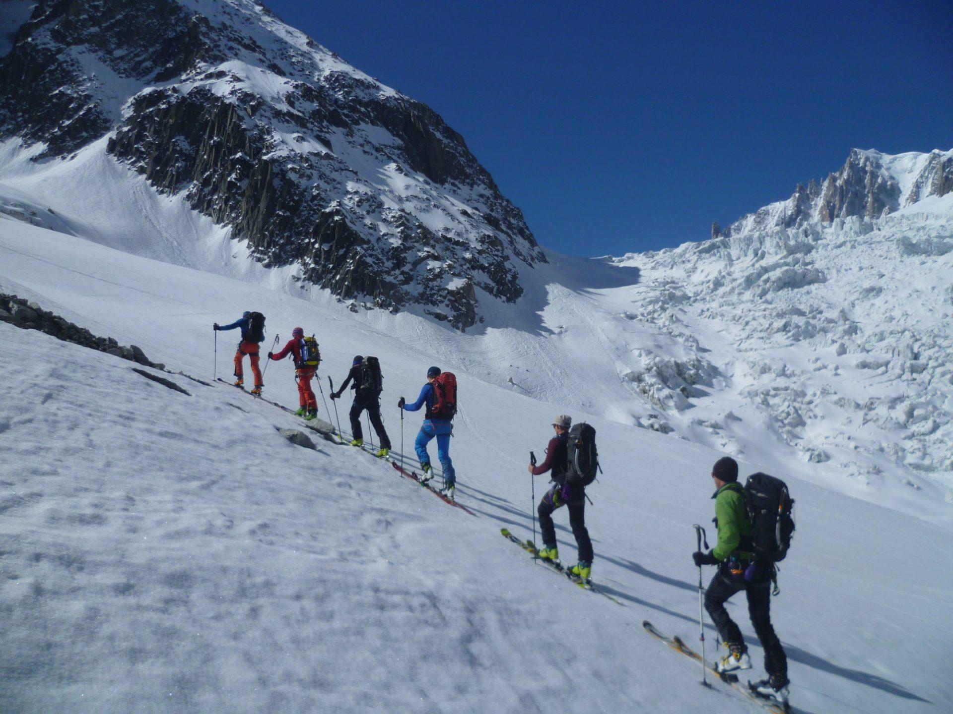 Bergsteigertipp: Ausrüstung für Skihochtouren