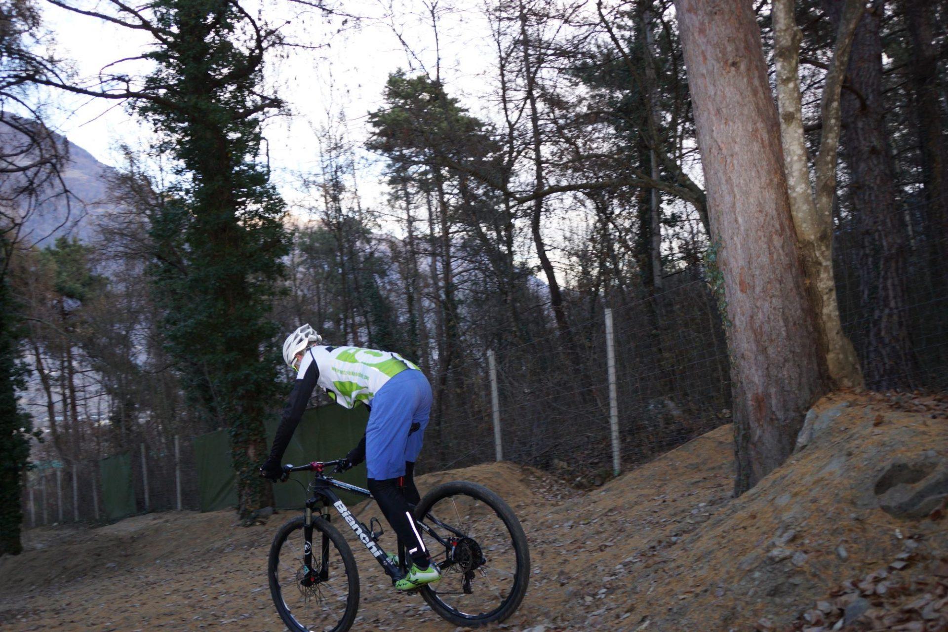 Bergsteigertipp MTB Bergab 04 I (c) OetziBikeAcqademy