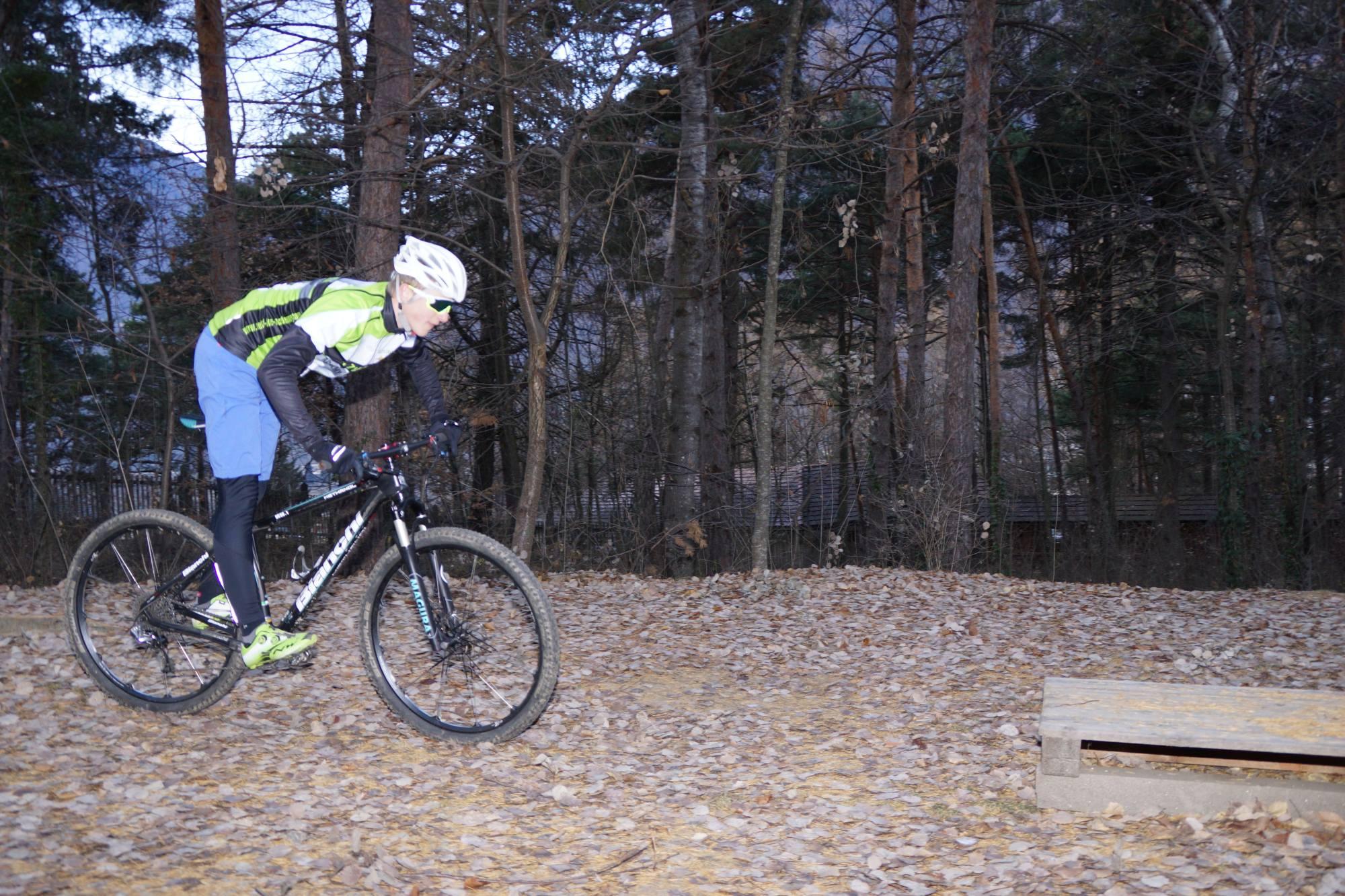 Bergsteigertipp MTB Hindernis 01 I (c) OetziBikeAcqademy