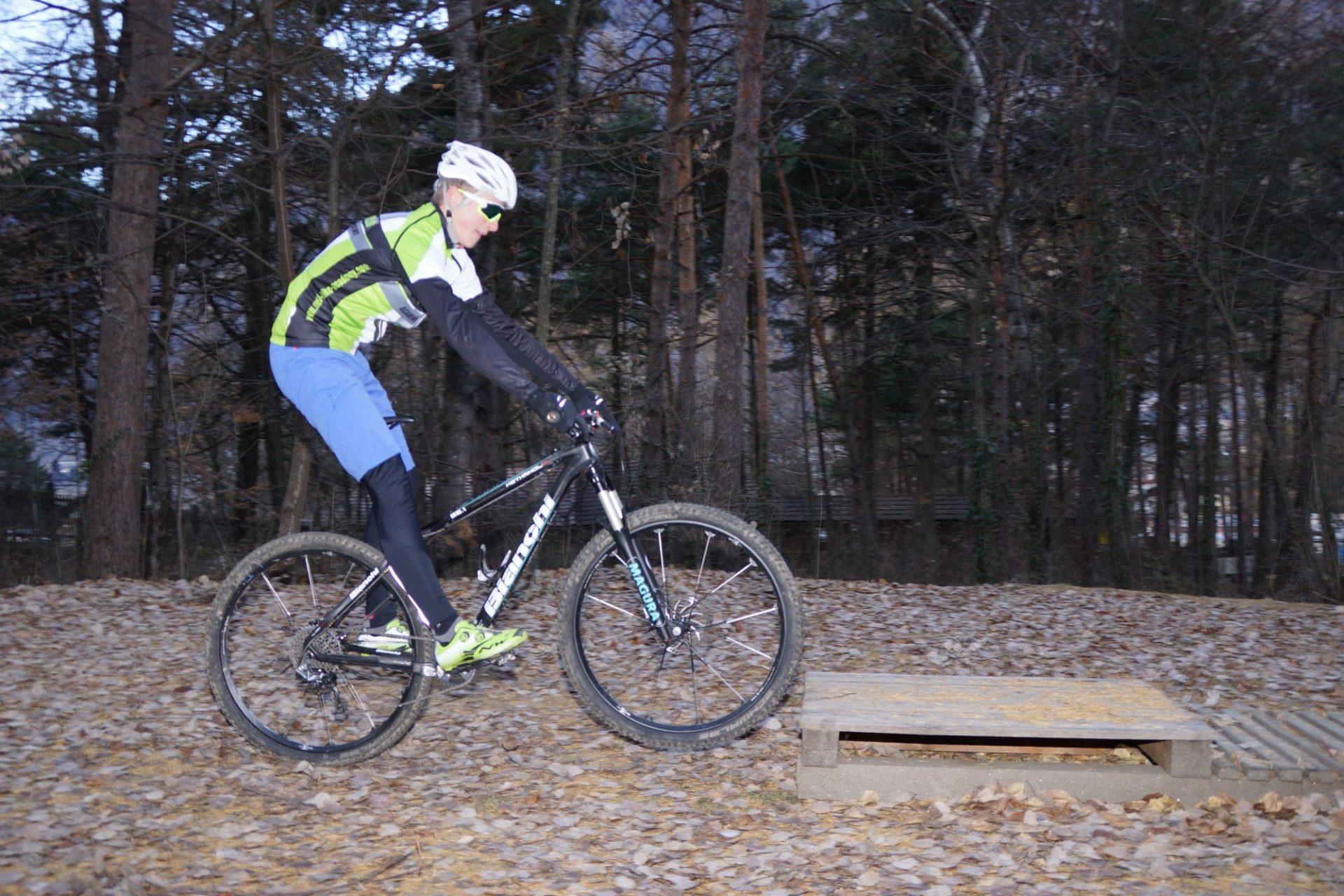 Bergsteigertipp MTB Hindernis 02 I (c) OetziBikeAcqademy