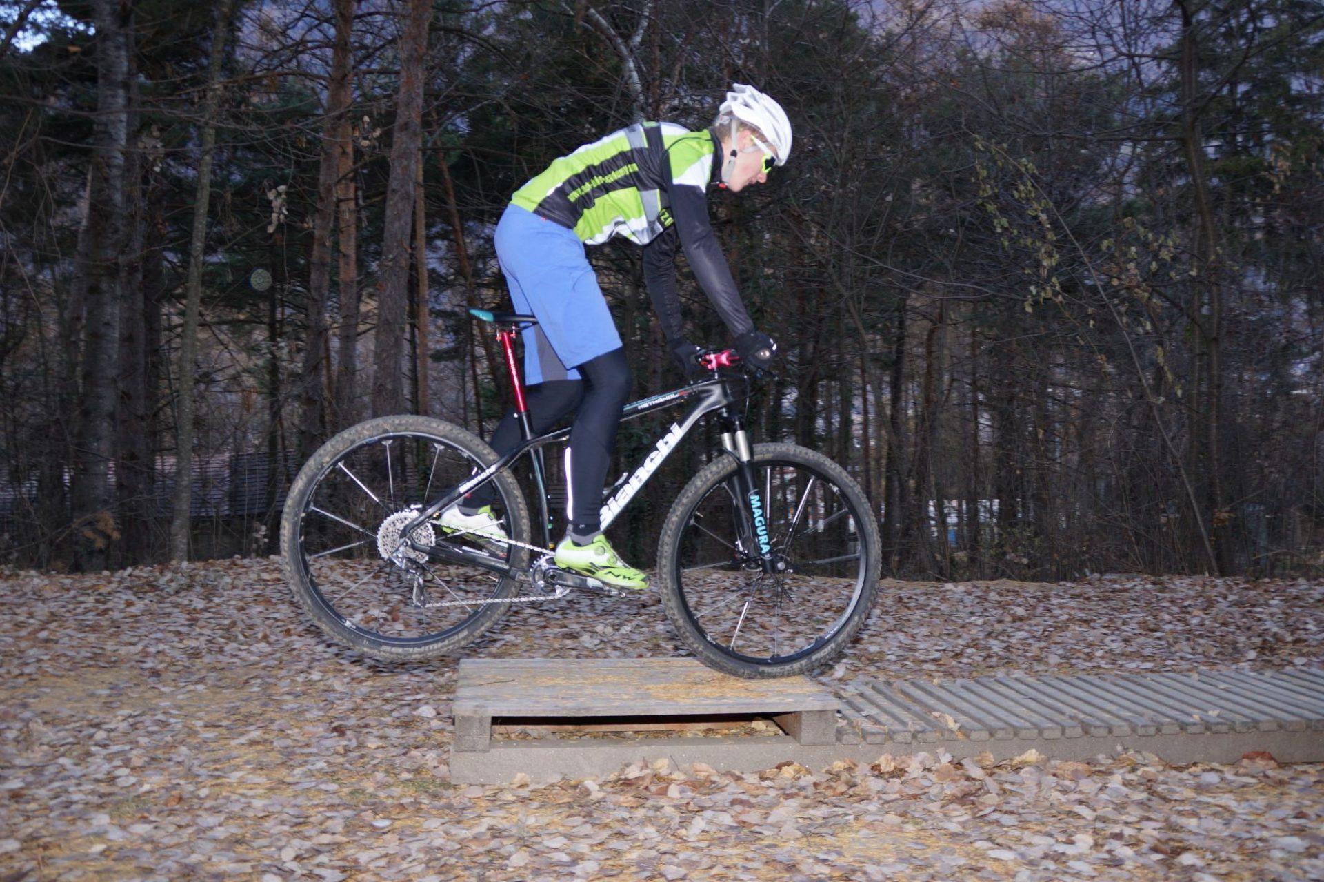 Bergsteigertipp MTB Hindernis 04 I (c) OetziBikeAcqademy