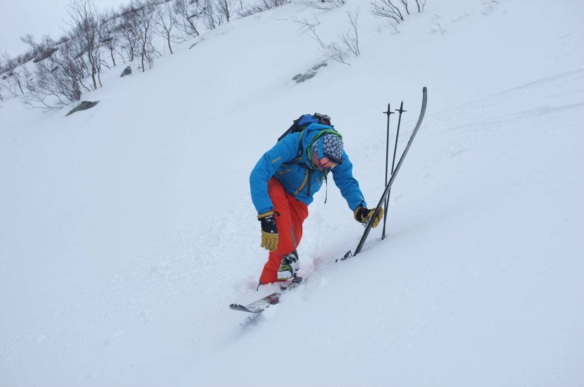 Bergsteigertipp Ski anziehen 2 I (c) Peter Plattner