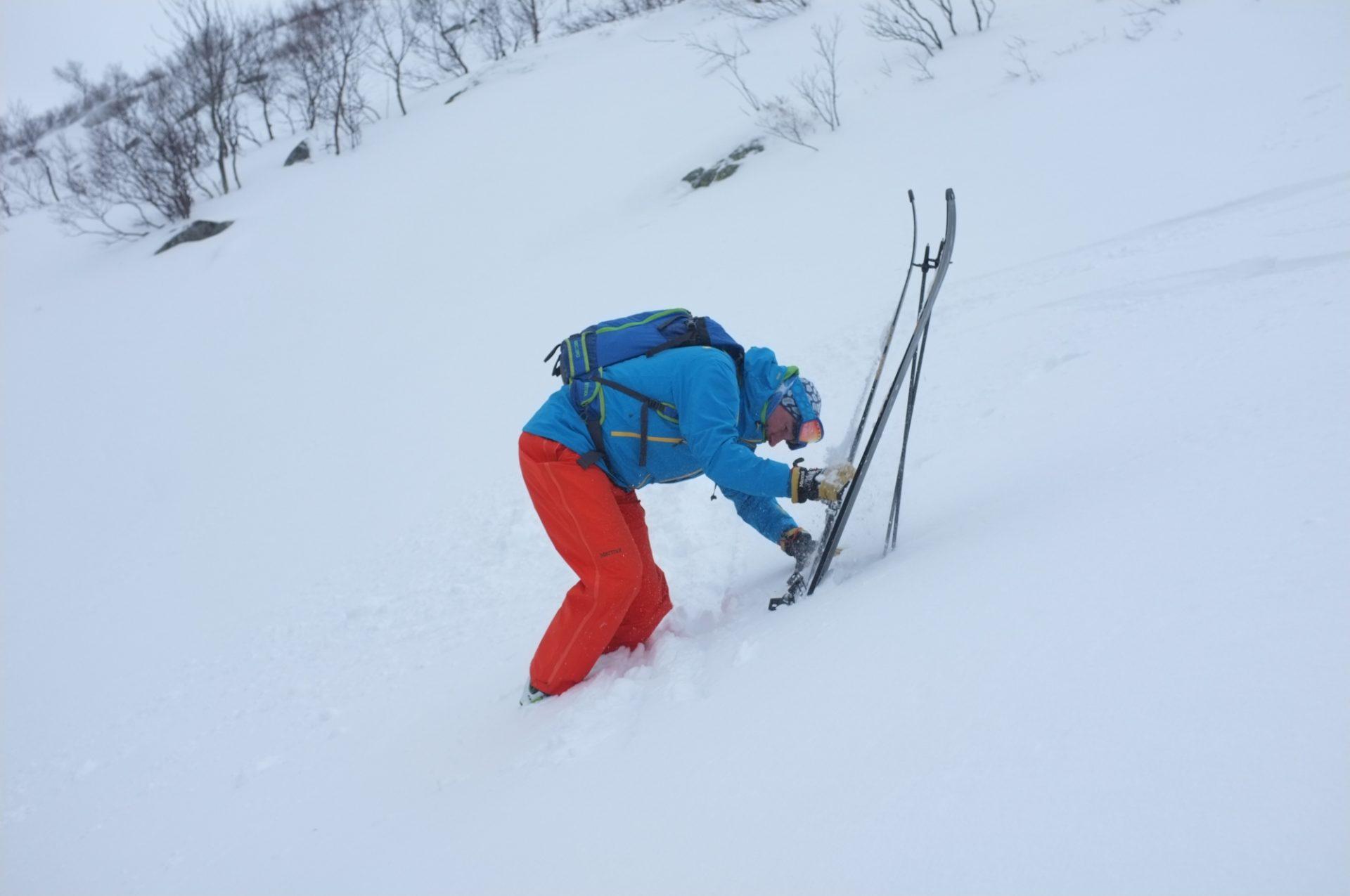 Bergsteigertipp Ski ausziehen 4 I (c) Peter Plattner