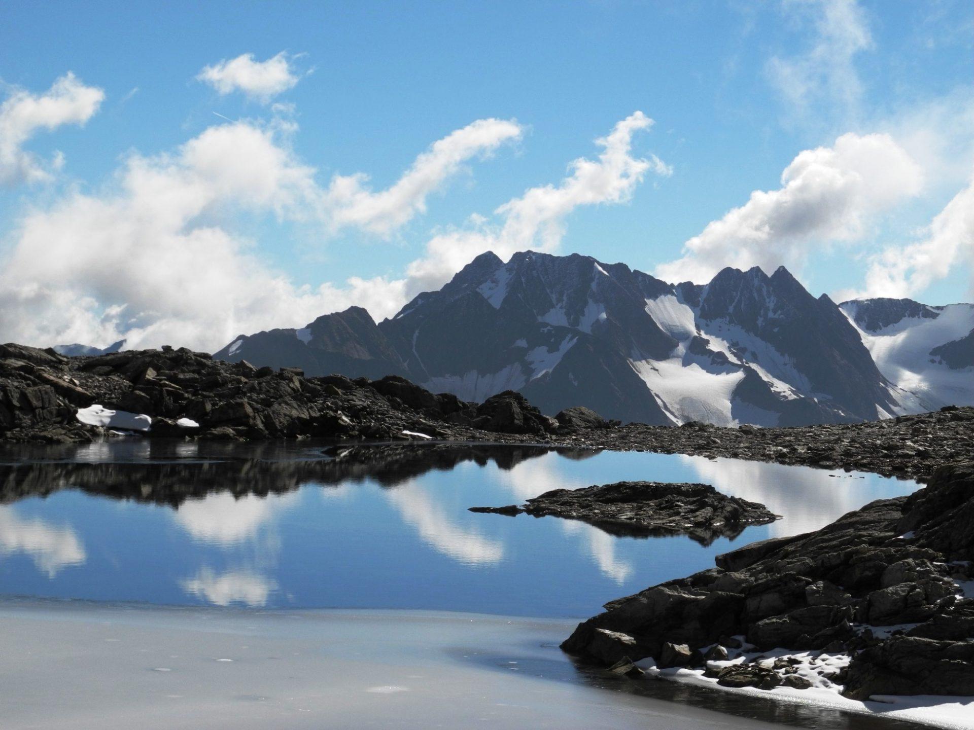 Von der Oberetteshütte nach Langtaufers und zur Weißkugelhütte