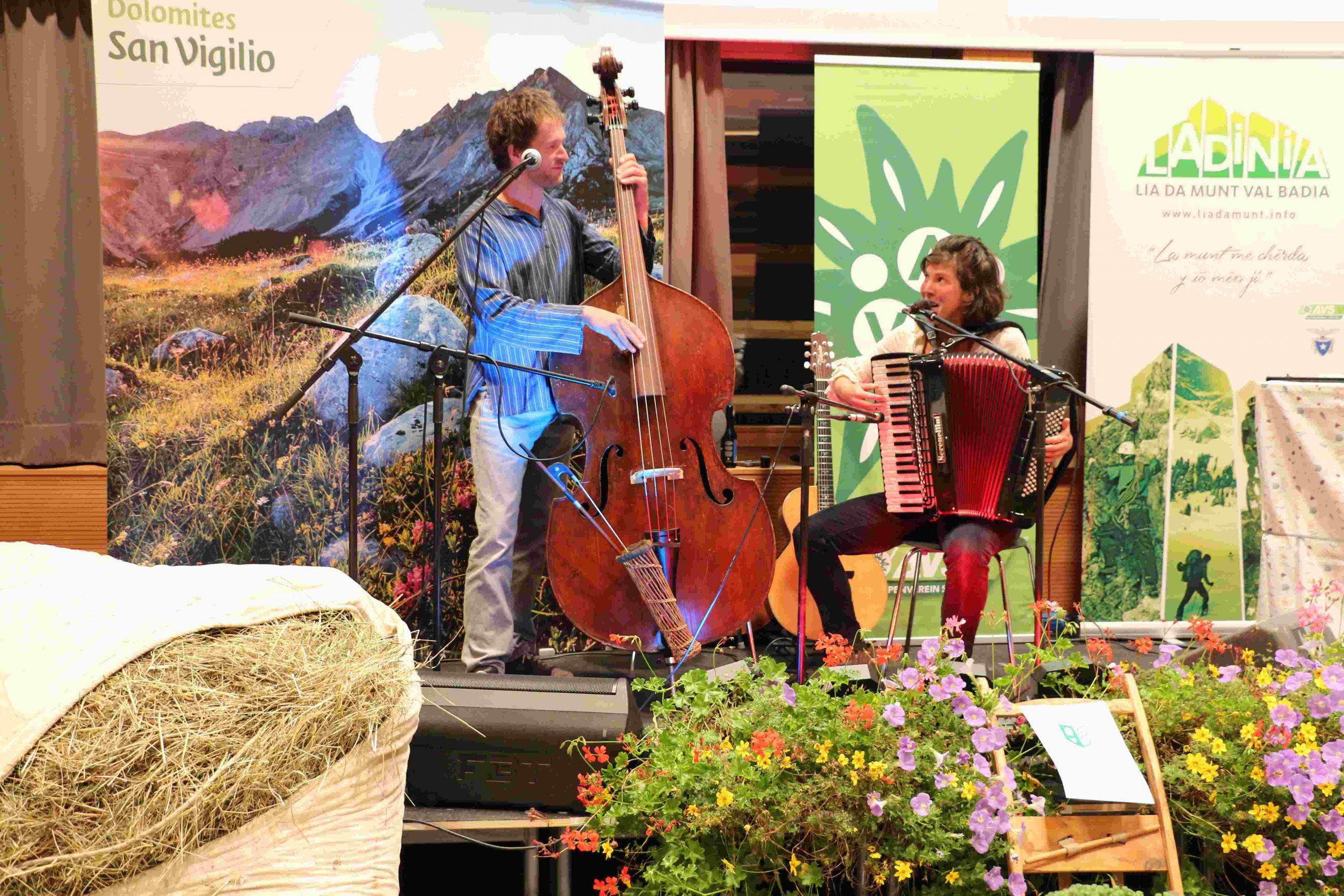 Anita Obwegs und Philipp Schörghuber I ©Alfred Moling I Bergsteigerdörfer