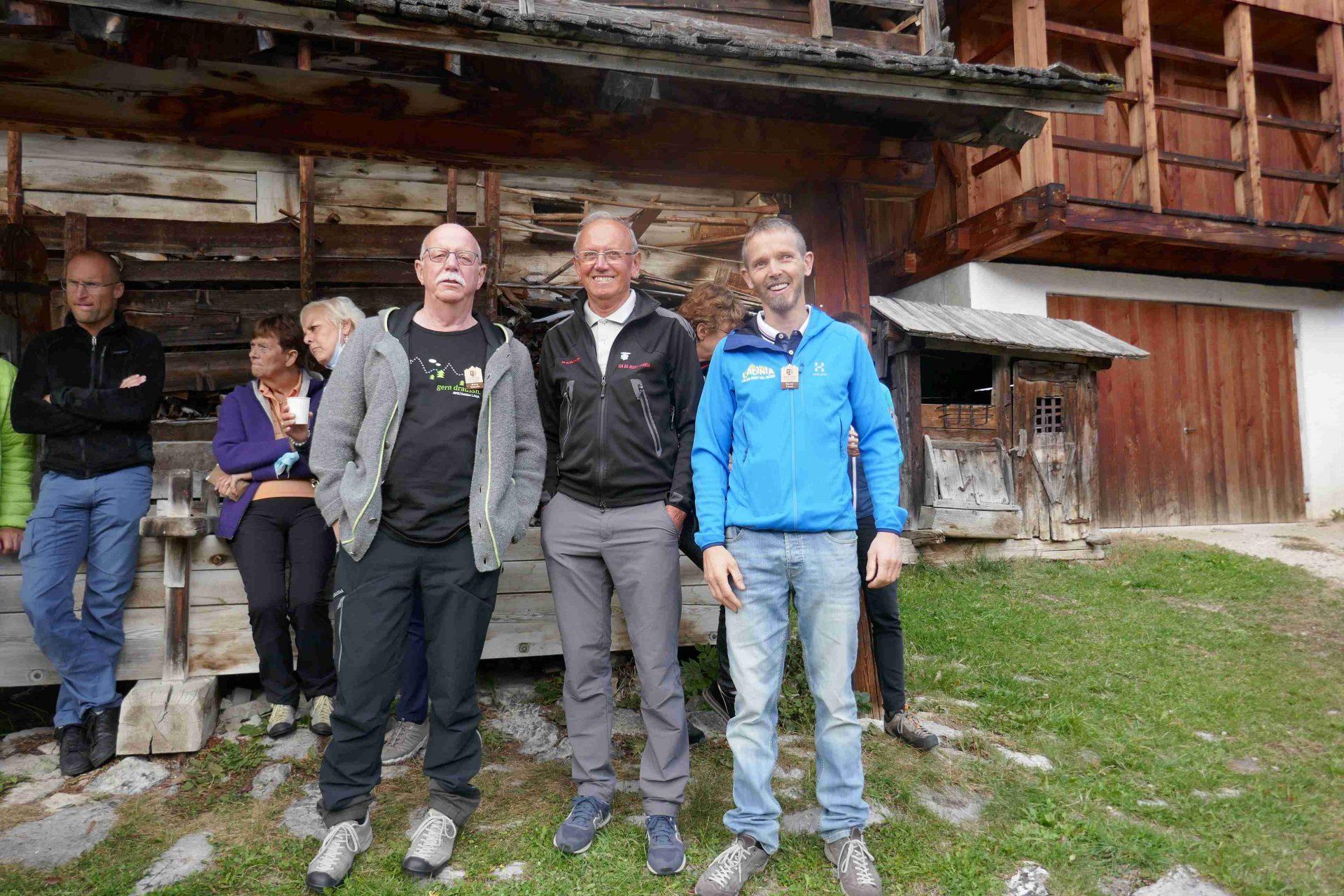 Georg Simeoni (AVS), Fortunato Flatscher (Lia da Munt Val Badia), Werner Frenes (AVS-Sektion Ladinia) I ©Anna Pichler I Bergsteigerdörfer